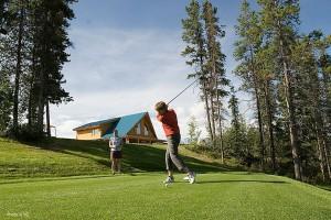 yukon-golfing